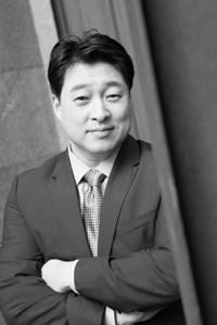 Portrait of Hyung-Gu Lynn