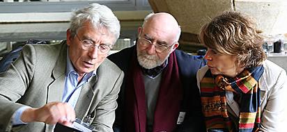 trois chercheurs